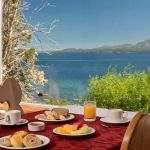 Desayuno vista lago
